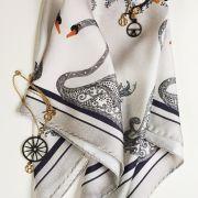 Платки дизайна Елены Лазаревой со скидкой в нашей Школе!