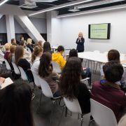 Идеальная детская комната: Женя Жданова провела мастер-класс для студентов IDS