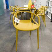 Культовые стулья Филиппа Старка украсили пространство IDS!
