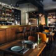 Ресторан в Санкт-Петербурге для Ginza Project (Фото: Сергей Мельников)