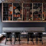 Винный бар в доме 1930-х годов на Покровке (дизайнер: Илья Гульянц)